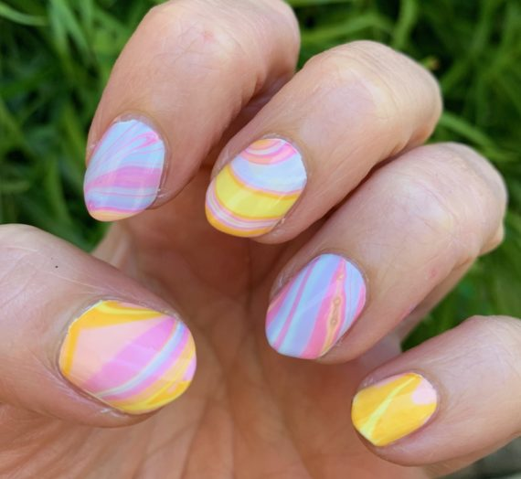 """Water Marble Mani Using The Olive & June x Zeba """"Into You"""" Collection Summer 2020"""