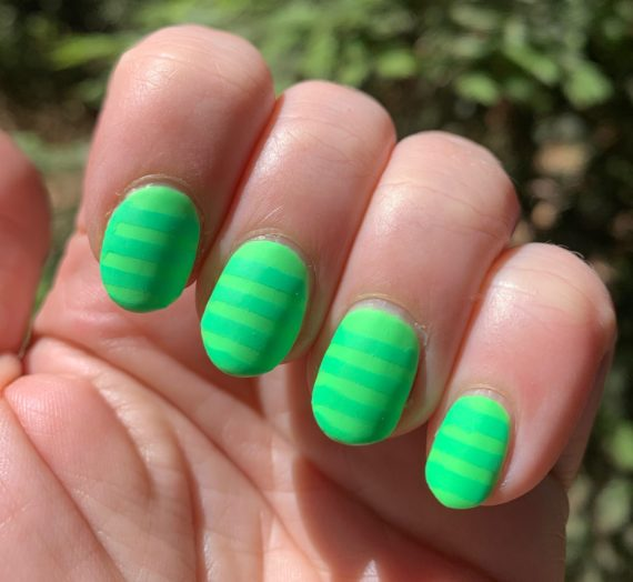 Nail Art: Neon Green Stripes